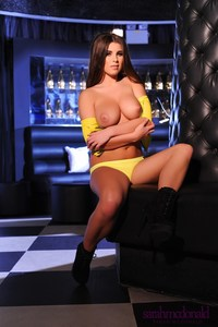 Sarah McDonald Yellow Top 10