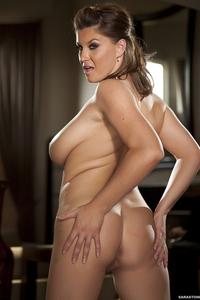 Natural Busty Babe Sara Stone Gets Nude 04