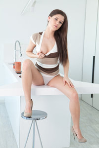Caprice The White Lily 00