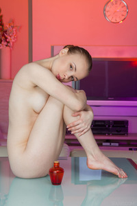 Sexy Oiled Bodied Teen Winnie 00