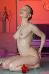 Sexy Oiled Bodied Teen Winnie 05