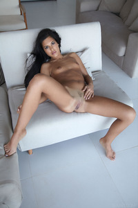 Beautiful Spanish Girl Apolonia Spreads Her Sexy Legs 11