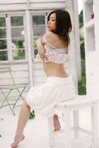 Ayumi Kobayashi Flower Girl 09