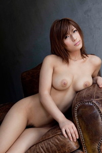 Nami Hoshino Shows Her Natural Tits 06