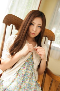 Cute Asian Girl Madoka Hitomi Have Fun In The Bedroom 00