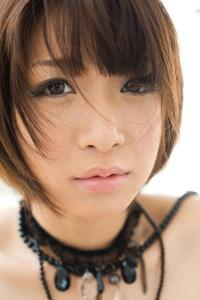 Mayu Kamiya Posing In Sexy Black Lingerie 09