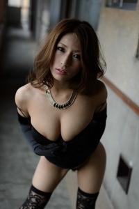 Nami Hoshino Glamorous Asian Beauty 08