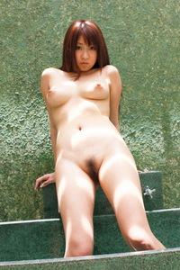 Hitomi Kitagawa Shows Her Amazing Naked Body 13