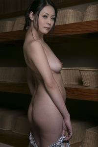 Nana Aida Sexy Naked Gallery 02