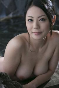 Nana Aida Sexy Naked Gallery 05