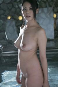 Nana Aida Sexy Naked Gallery 07