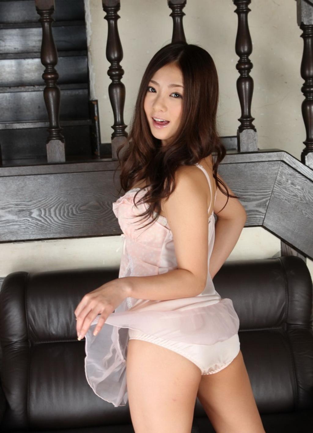 Nanami Hoshino Sexy Ass 12