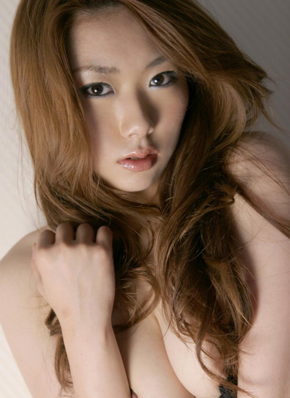 Yu Minami Black Lingerie 03