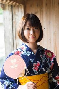 Mayu Kamiya Kimono 09
