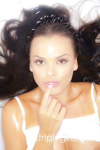 Sexy Brunette Renee Perez 00
