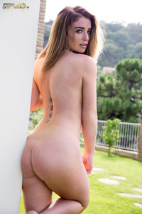 Scarlet Bouvier 18