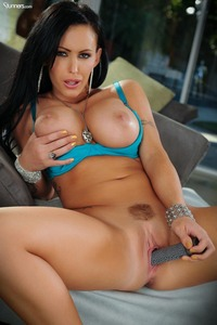Busty Jenna Presley Stuffing Dildo In Her Fine Pussy 07