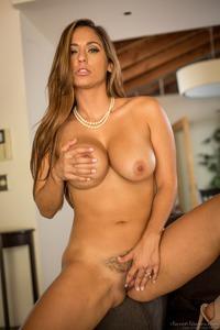 Curvy MILF Reena Sky Strips Off Her Sexy Lingerie 09