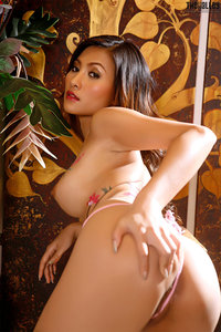 Naked Asian Babe With Nice Body Painting 03