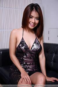 Asian Model Miyu 01