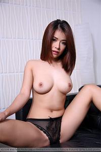 Asian Model Miyu 13