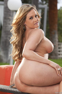 Nude Girl Tory Lane Outdoor Photos 14