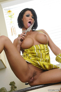 Tory Lane Plays With Her Pussy In The Kitchen 10