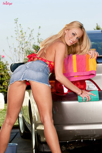 Anita Dark   In Sexy Car Wash  00