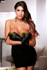 Featuring August Ames 04