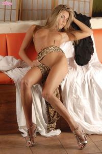 Veronika Fasterova Gets Nude 15