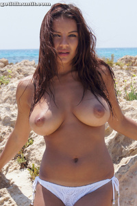 Lacey Presenting Her Beautiful Natural Breasts On The Beach 06