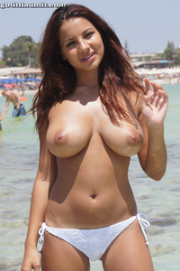 Lacey Presenting Her Beautiful Natural Breasts On The Beach 09