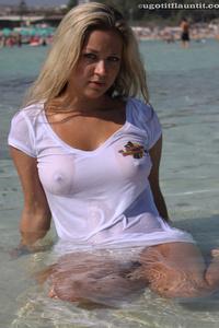 Natalie Wet Shirt 05