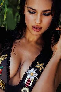 Irina Shayk Sexy Bikini Photoshoot