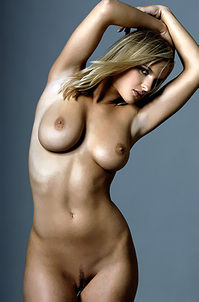 Blond Big Tits Babe Posing Nude