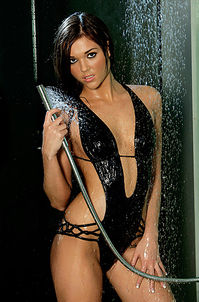 Plaboy Girl Amy Marie Under The Shower