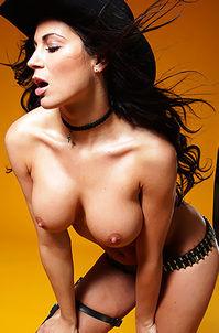 Cowgirl Rachel Tits