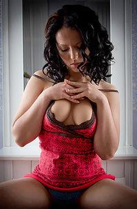 Viktoria - Handful