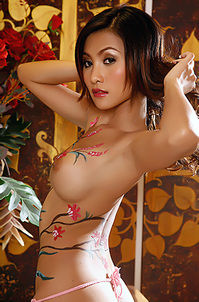 Naked Asian Babe With Nice Body Painting