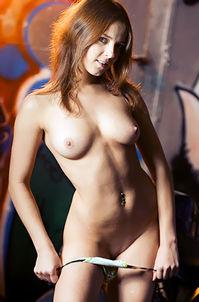 Nude Hottie Likes Ride