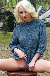 Blonde Babe Amaliya In The Forest