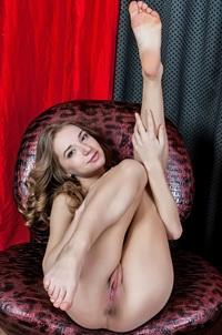 Yani A Spreding Naked