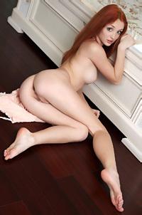 Redhead Beauty Michelle Strips