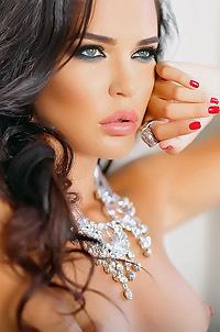 Elite Brunette Model Inessa Tushkanova