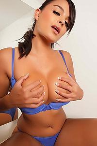 Busty Exotic Babe Sasha
