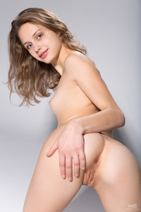 Young Brunette Teen Sonia In The Spotlight 13