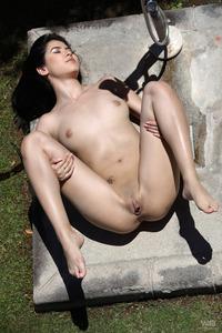 Lady Dee 06