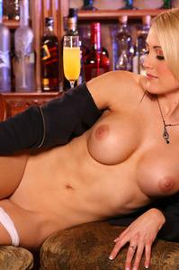 Nicole Aylward 03