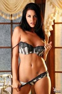 Nice Titted Playboy Babe Brandi Bryant In Bathroom 12